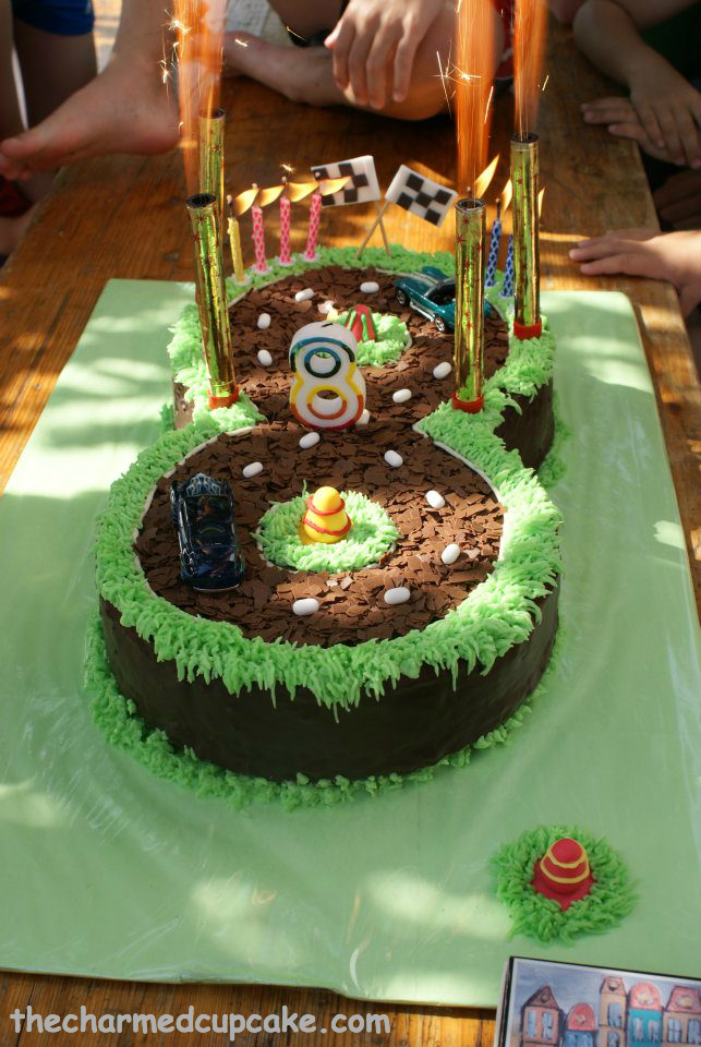 8Th Birthday Cake Ideas http://thecharmedcupcake.com/2012/07/08/race-track-birthday-cake/